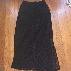 *MAKE OFFERS!* Candies Lace maxi skirt